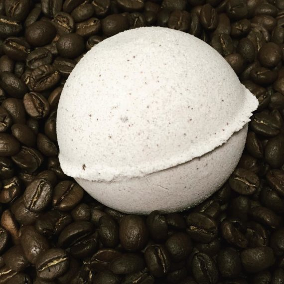 cafe au lait bath bomb